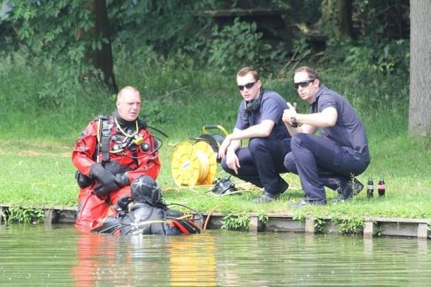 Brandweer zoekt zes uur naar Elke Wevers in visvijver