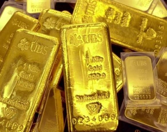 Goudprijs neemt duik