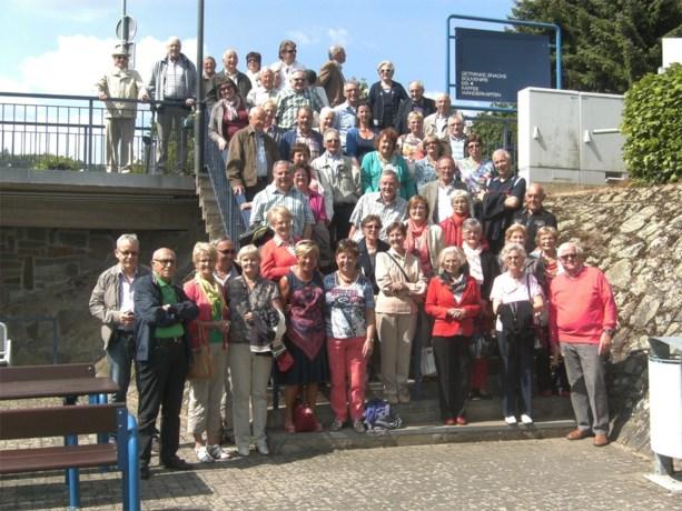 Wijkvereniging Bloem en Vrucht Tenhout op uitstap naar kamp Vogelsang
