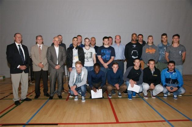 Sportdiploma's en 20 jaar sectie voetbal bij LCS gevierd in Neerpelt