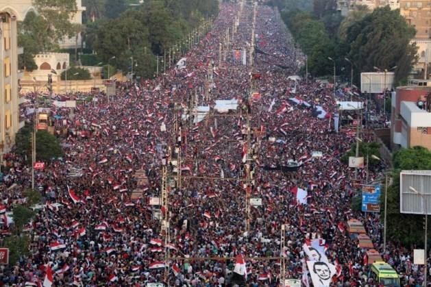 Twee doden bij confrontaties tussen voor- en tegenstanders van Morsi