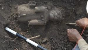 Zeldzame jaguarsculpturen van de Maya ontdekt in El Salvador