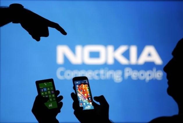 Microsoft neemt kernactiviteiten Nokia over