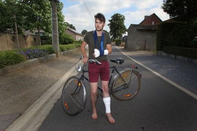 Peerse fietser zoekt bestuurder die vluchtmisdrijf pleegt
