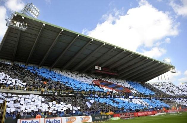 Anderlechtsupporter die bloot achterwerk toonde aan Clubfans krijgt werkstraf
