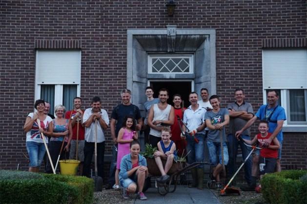 Bewoners Rondestraat doen groot onderhoud van kloostertuinen