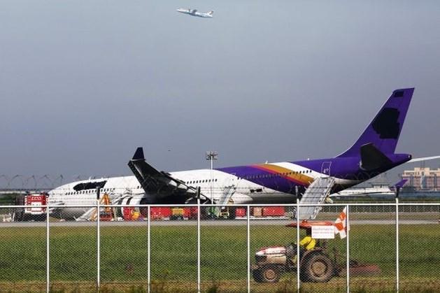 Vliegtuig slipt van landingsbaan in Bangkok