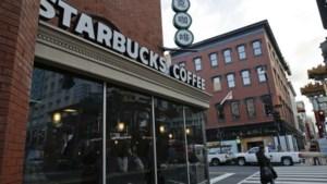 Starbucks wil dat klant vuurwapen thuis laat