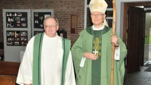 Bisschop Patrick Hoogmartens bezoekt St.-Maternusparochie