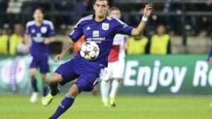 Matias Suarez (Anderlecht) scheurt kruisbanden op training