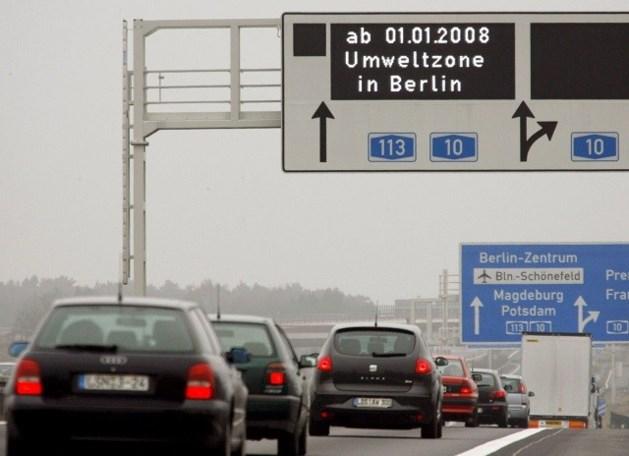 Duitsland onderzoekt snelwegvignet van 100 euro
