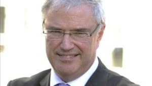 Gouverneur West-Vlaanderen wil surfers GAS-boete geven