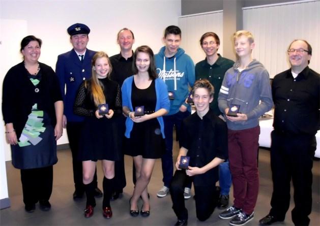 Vernieuwd bestuur Harmonie Sint-Catharina huldigt jonge leden
