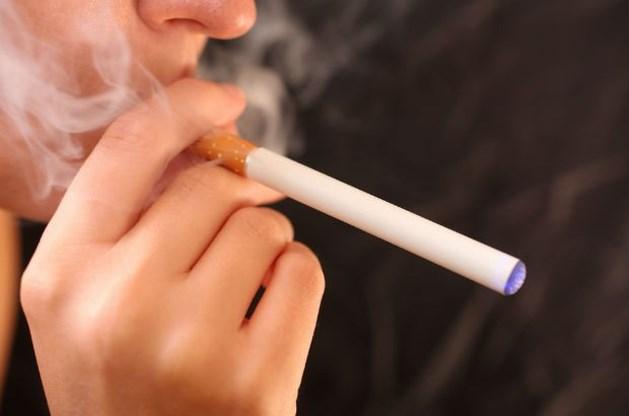 Hoge Gezondheidsraad erg kritisch voor e-sigaret