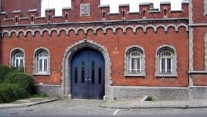 Man probeert te ontsnappen uit gevangenis Nijvel door open deur