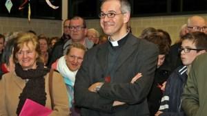 Parochie Lutselus wuift pastoor Alain uit