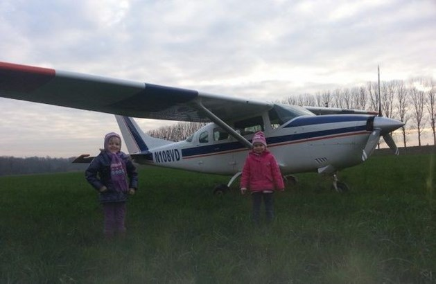 Vliegtuig maakt geslaagde noodlanding