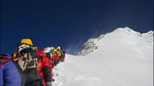Mount Everest beklimmen? Vul vuilzak met 8 kg afval op de terugweg