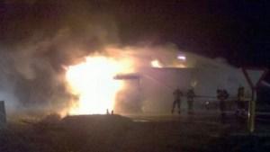 Inferno na botsing van tankwagen in Alveringem