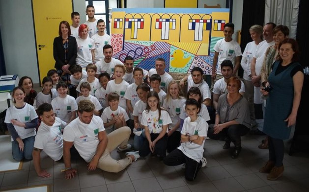 De Toverfluit werkt mee aan S.O.S. - Schilder Op School