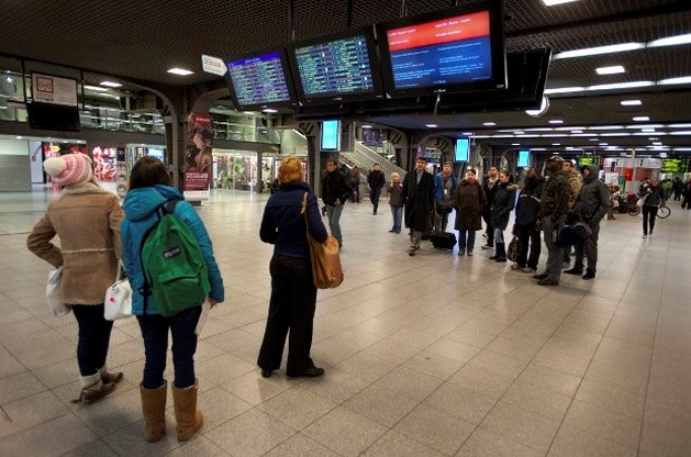 """""""Minimumdienst bij stakingen NMBS niet in belang van reizigers"""""""