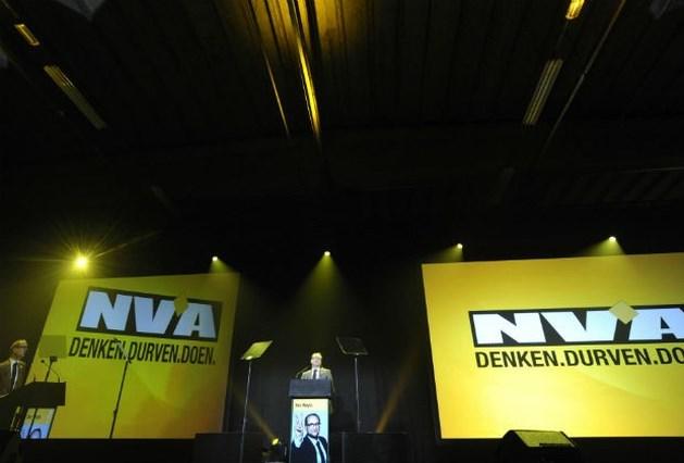 """N-VA: """"Onafhankelijk Vlaanderen blijft punt 1"""""""
