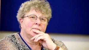 Mieke Van Hecke boos over uitval van Oosterlinck naar leraren