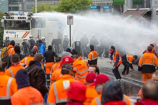 1.200 dokwerkers rumoerige kern op manifestatie in Brussel