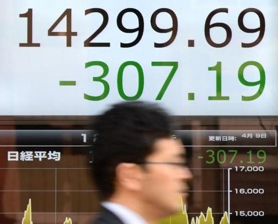 Nikkei zet daling voort