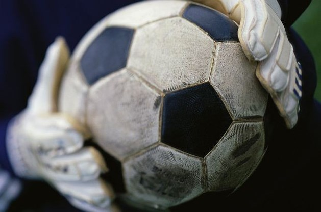 Doelman sterft na botsing in Gabonese competitiematch