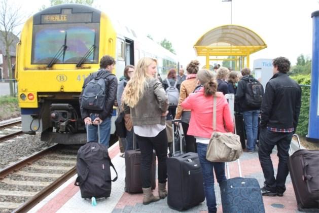 Eerste studententrein vanuit Hamont naar Leuven/Heverlee vertrokken