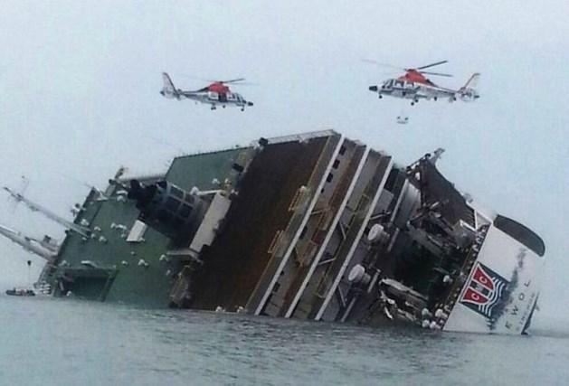 Al meer dan 100 doden na scheepsramp in Zuid-Korea